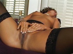 Glamour girl fingering