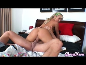 Bree Olson humping in bed 1