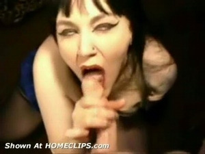 Sexy gothic vampire gives blowjob