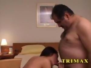 Sakin turkish arab pornstar getting bent over