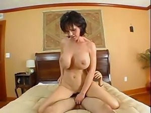 Mom's Squirting Explosion