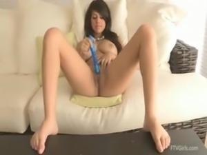 Leila - Busty Beautiful First Timer 04hd