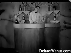 Antique Porn 1930s - FFM Threesome - Nudist Bar