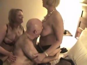 Granny Anneke threesome free