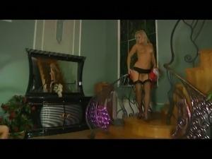 Flossie&govard red hot nylon movie