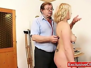 Jennifer pussy speculum examination at hospital by old medic