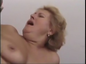 Mature & Young Fuck Outdoor xLx free