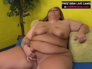 Fat brunette latina bbw rubs her big pussy