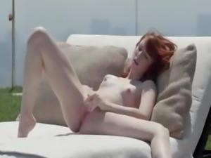 very hot fast fingering tight vagina