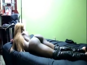 Big Booty amateur in first video free