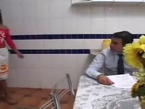 Bussiness Man and Hot Maid (empregada gostosa)