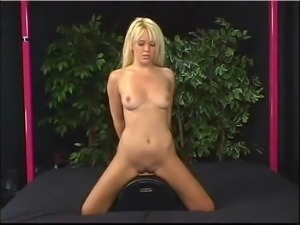 Holly Wellin sybian