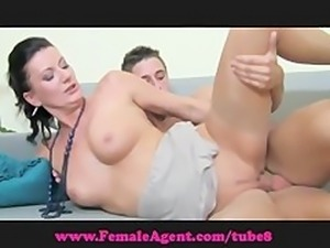 FemaleAgent. 18 and keen