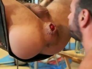 Eatin Ass ....