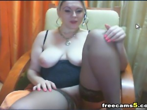 Watch this video of hot ayllinna as she gets hot and naked in her webcam