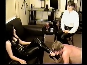 red tube spanking