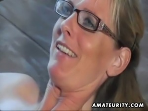 Hot amateur Milf sucks and fucks with cumshot on pussy free