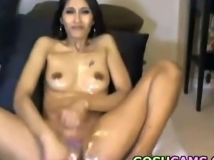 Mature indian slut deeptroath oil anal dildo camshow