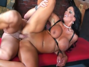 Big Boobed Brunette Milf In Action