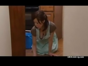 www.pormo.co - Asian mom heating with skirt free