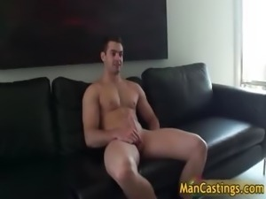 Sexy hunk Scotty wanking his stiff rod part5