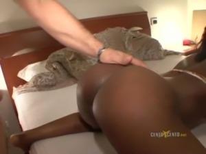 hot black ragazza lecca culo free