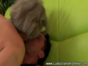 Skilled granny banging young bloke on couch free