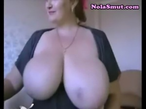Hot brunette camgirl huge saggy tits webcam
