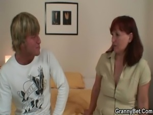 He lures her into cock sucking and riding free