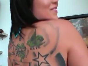 Sexy huge booty of Mila Fresh makes a big cock of hot Josh hard erected!