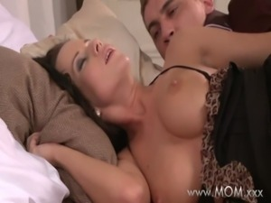 MOM Busty Brunette MILF takes his length free