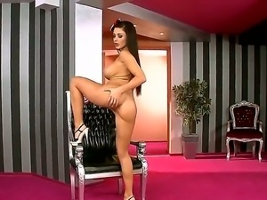 The queen of tempting and seducing - Aletta Ocean fingering her dream pussy