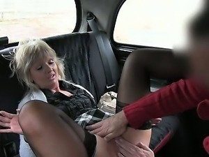 Mature fucked and creampied in taxi