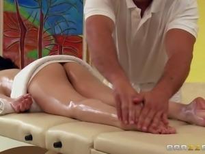 www.PornSharing.com sex video : Naked attractive black haired pornstar Sativa...
