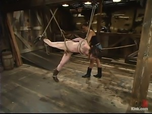 asian mistress tortures the slave's cock