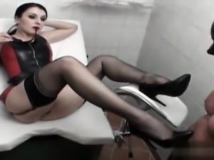 Pornstar cum inside pussy