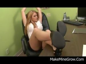 Teen Blonde Sophie Dee kneel and Blow free