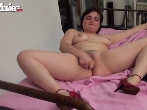 fun movies amateur chubby cumming