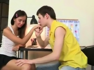 Teen girl gets fucked in the kitchen