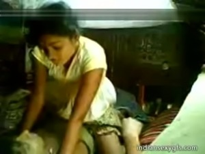 Desi Cousin Sister ride on brother at Home Alone - indiansexygfs.com free
