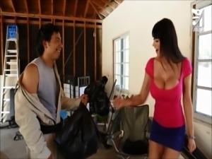 Mexican exterminator fucks MILF with huge tits Eva Karera!!! axxxteca free