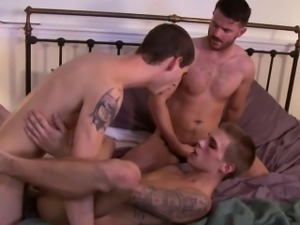 Skinny bottom jerking off while assfucked