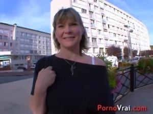 Mere de famille enculee en cachette de son mari !!! French amateur free