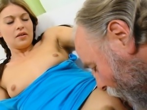 Curious young babe gives a oral to an old crazy guy