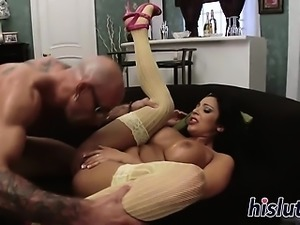 Two horny bombshells pleasure two hard dicks