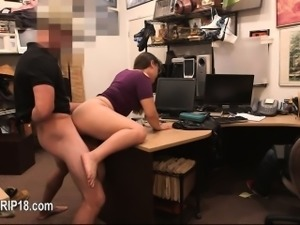 Super amateur cheerleader in secret voyeur place