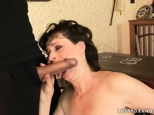 Slender mature woman gets bent over and fucked in her porcelain butt