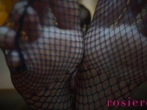 Weak For Fishnet Feet Fetish Ebony Goddess Rosie Reed