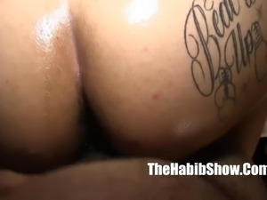 lady queen mixed phat booty creo fucked by hairy paki