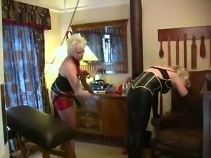 Strapon latex sissy training